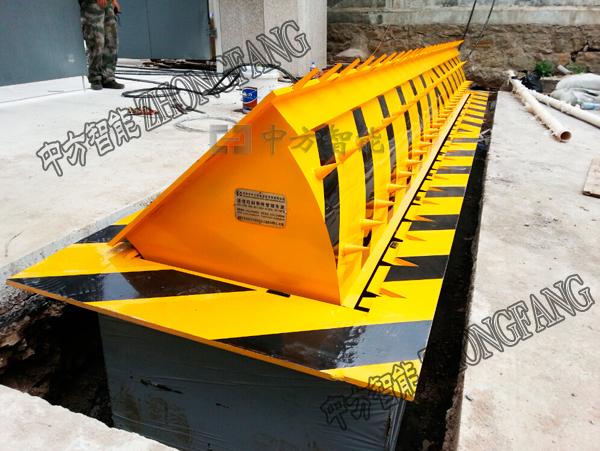 部隊液壓路障機安裝
